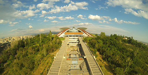 Marzahamergayin Hamalir, Yerevan's Convention Hall for Sports and Conferences located by the Tzitzernakaberd Genocide Memorial (Photo: Mosinyan)