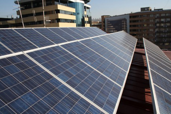 Solar panels atop the United Nations House building in Yerevan (Source: UNDP Armenia)