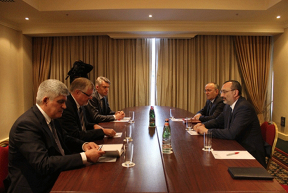 Representatives of the Foreign Ministry of Artsakh meet with Herbert Salber, EU Special Representative for the South Caucasus (Source: Nagorno-Karabakh Republic Ministry of Foreign Affairs)