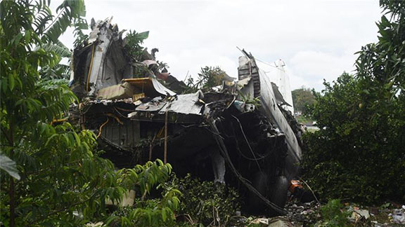 The plane came down on the banks of the White Nile river (Source: Jason Patinkin/Al Jazeera)