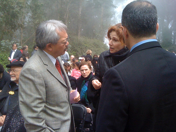 Mayor Edwin M. Lee speaking with ANCA San Francisco board member Roxanne Makasdjian during a Genocide commemoration at the Mt. Davidson Cross