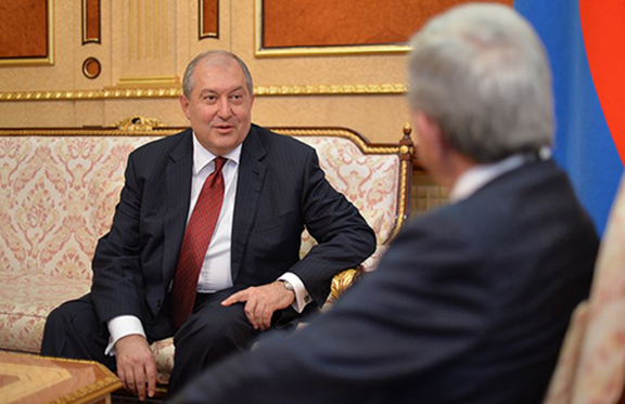 Dr. Armen Sarkissian meets with President Serzh Sarkisian following the parliament vote on Friday