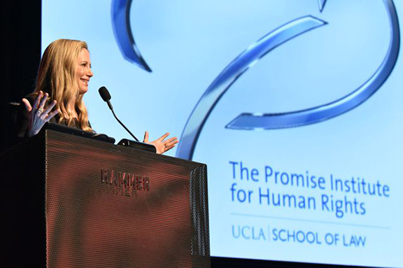 Oscar-winning actress Mira Sorvino receives the Promise Institute Award for Contribution to Human Rights through the Arts.