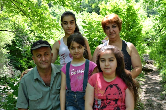 Ararat and Karin Avanesyan with their daughters