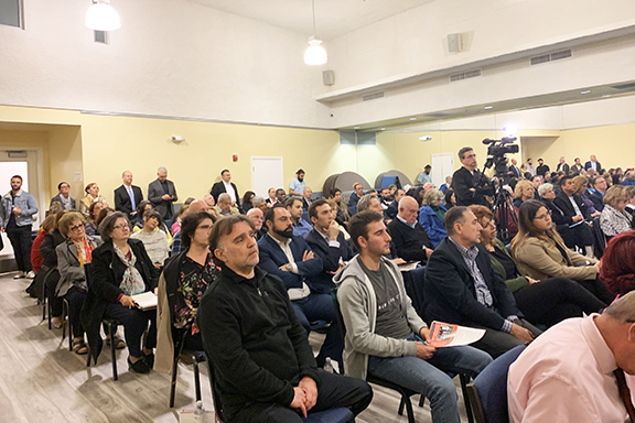 A capacity crowd attended the ANCA Glendale Candidate Forum
