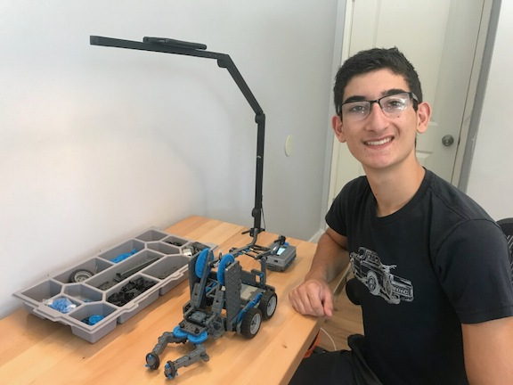 Mesrobian High School launched an online Distance Robotics Club in early May, led by High School student Andrew Josephbek.